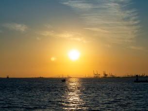 夕日の写真素材 [FYI03827052]