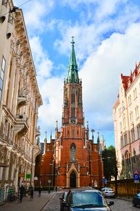 ラトビア・首都リガにある英国教会・1857年に英国の商人達が寄付して設立したと言われるゴシック調の英国国教の教会の写真素材 [FYI03827251]