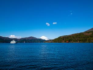 芦ノ湖の写真素材 [FYI03827725]