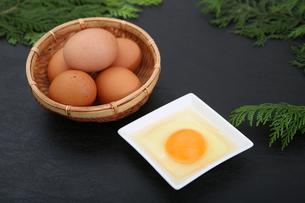 生卵の写真素材 [FYI03827913]