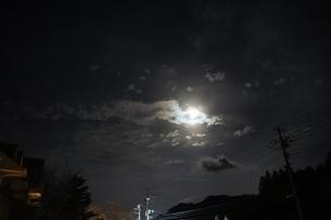 満月の夜の写真素材 [FYI03828427]