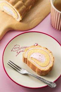ロールケーキの写真素材 [FYI03829769]