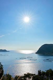 二木島湾のマグロ養殖いけすの写真素材 [FYI03830035]