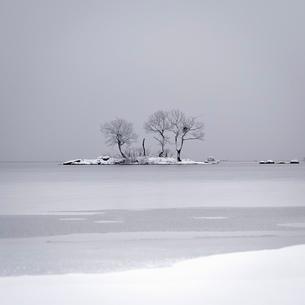 桧原湖冬景色の写真素材 [FYI03830287]