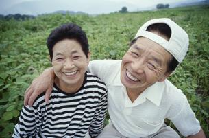 中高年夫婦の写真素材 [FYI03833399]