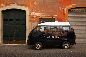 ローマのパトカーの写真素材 [FYI03833760]