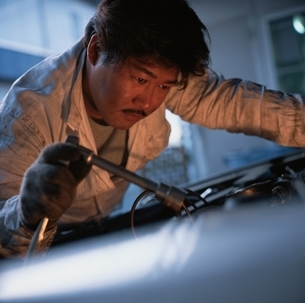 日本人の男性の写真素材 [FYI03833858]