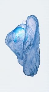 氷と地球儀の写真素材 [FYI03836787]