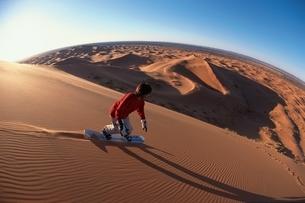 サンドボード     モロッコの写真素材 [FYI03837070]