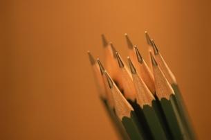 鉛筆の束の写真素材 [FYI03837385]