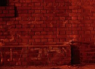赤いれんがの壁の写真素材 [FYI03838630]