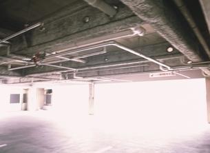 配管と光りの写真素材 [FYI03839302]