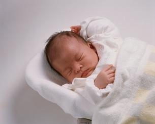 日本人の赤ちゃんの写真素材 [FYI03840119]