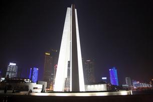 上海夜景の写真素材 [FYI03842787]