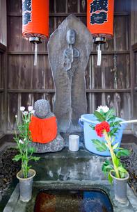 光福寺のゆうれい地蔵の写真素材 [FYI03844167]