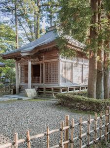 平泉中尊寺の観音堂の写真素材 [FYI03844439]