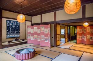富山市民俗民芸村の民芸館の写真素材 [FYI03844508]