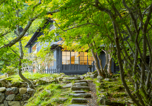 中禅寺湖畔の英国大使館別荘の写真素材 [FYI03844772]