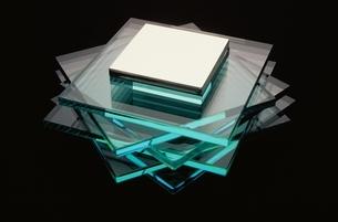 透明と金属の写真素材 [FYI03844890]