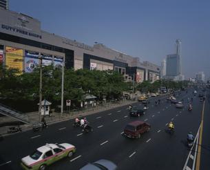 ラチャダム通り  バンコク タイの写真素材 [FYI03846373]