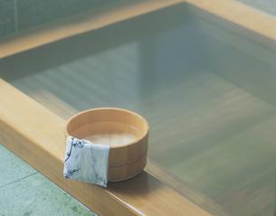 風呂桶の写真素材 [FYI03847838]