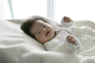 日本人の赤ちゃんの写真素材 [FYI03848115]