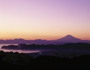 江の島昇陽   鵠沼 神奈川県の写真素材 [FYI03848340]