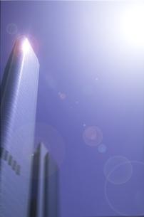 ビルと太陽と青空 ロサンゼルス アメリカの写真素材 [FYI03848583]