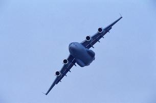 アメリカ空軍C17グローブマスター輸送機の写真素材 [FYI03848875]
