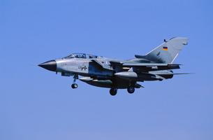 ドイツ空軍トーネード攻撃機の写真素材 [FYI03848937]