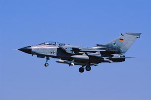 ドイツ空軍トーネード攻撃機の写真素材 [FYI03848938]
