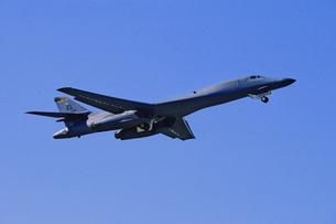 アメリカ空軍B1戦略爆撃機の写真素材 [FYI03848983]