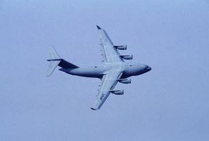 アメリカ空軍C17グローブマスター輸送機の写真素材 [FYI03848989]