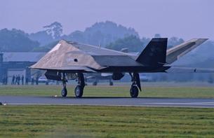 アメリカ空軍F117ステルス戦闘機の写真素材 [FYI03848990]