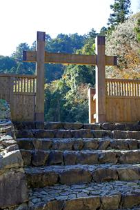 八王子城跡 冠木門の写真素材 [FYI03849345]