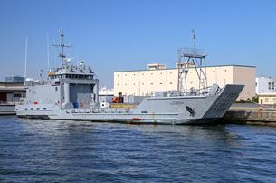 アメリカ陸軍上陸用舟艇LCUの写真素材 [FYI03849443]