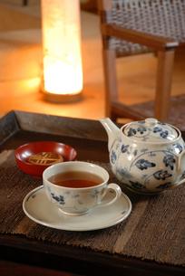 菓子と紅茶の写真素材 [FYI03850962]