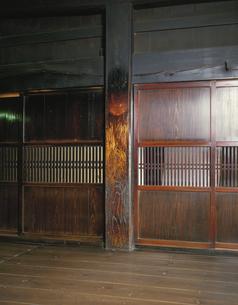 民家の大黒柱のある部屋 鹿沼市 栃木県の写真素材 [FYI03853334]