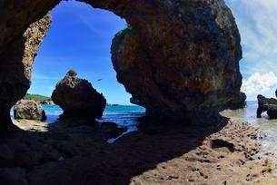 洞窟の写真素材 [FYI03853910]