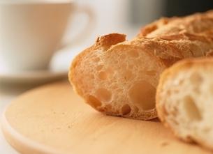フランスパンの写真素材 [FYI03854141]