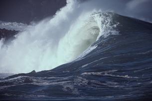 波の写真素材 [FYI03856381]