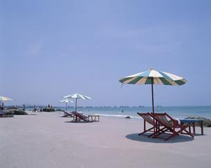 ファヒンビーチ タイの写真素材 [FYI03856694]