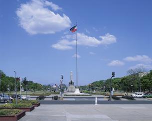 リサールパークとリサール記念碑 マニラ フィリピンの写真素材 [FYI03856780]