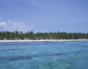 南国の海 レンボンガン島 インドネシアの写真素材 [FYI03857490]