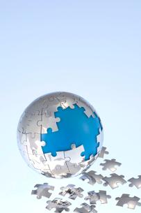 ジグソーパズルの地球儀の写真素材 [FYI03859405]