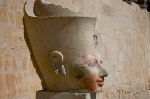 ハトシェプスト女王の頭像の写真素材 [FYI03859785]