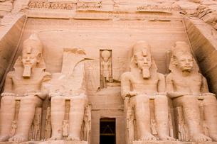 アブシンベル大神殿の写真素材 [FYI03859804]