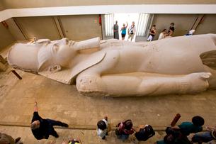 ラムセス2世の巨像の写真素材 [FYI03859813]