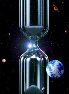 宇宙と砂時計 CGのイラスト素材 [FYI03859853]