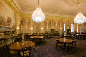 サアダーバード宮殿博物館 旧パーティールームの写真素材 [FYI03859942]